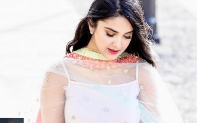 Safa Ijaz in her new Shoot